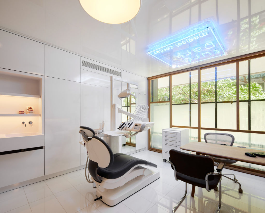 english speaking dental clinic in Barcelona
