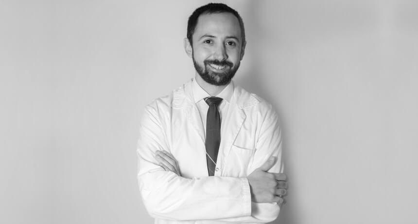 Dr. Eduardo Lehrer