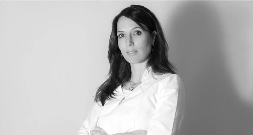 Dr. Madeleine Smit