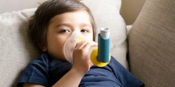 Asthme de l'enfant : symptômes, traitements et évolution
